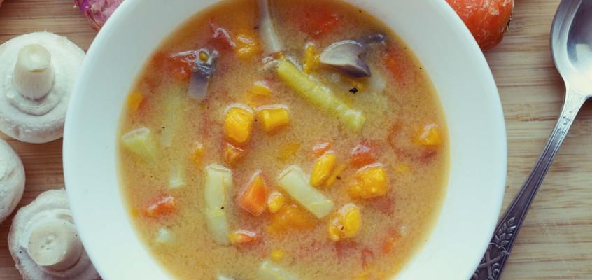 Zupa warzywna z batatem