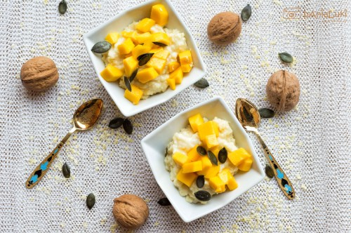Płatki jaglane na mleku z mango