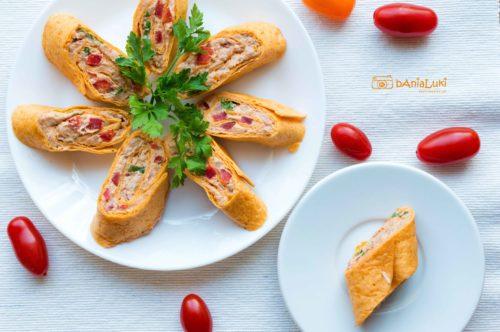 Roladki z tortilli z pastą z tuńczyka