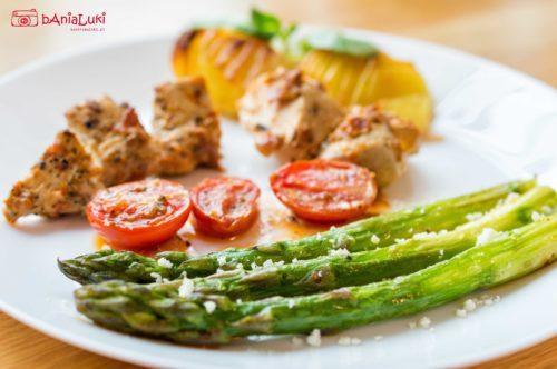 Filety z kurczaka ze szparagami