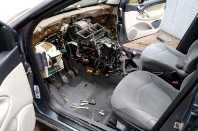 Projekt-AUTO.pl – z pasji do motoryzacji w domowym zaciszu